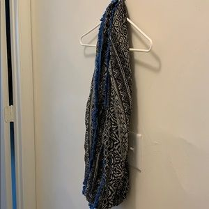 Black white and blue patterned infinity scarf